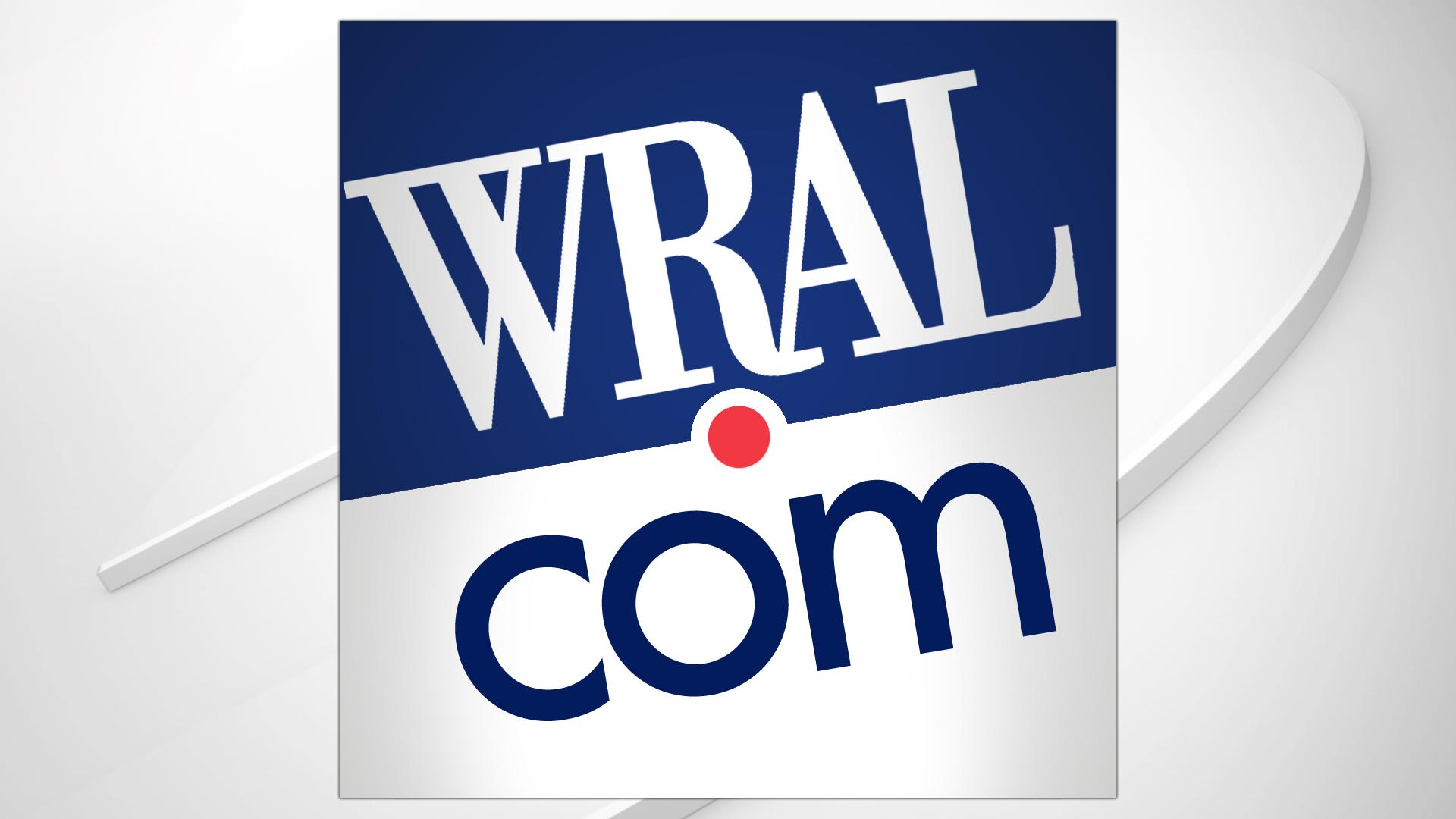 Elizabeth Warren demands investigation into elite investors accessing Trump briefings :: WRAL.com