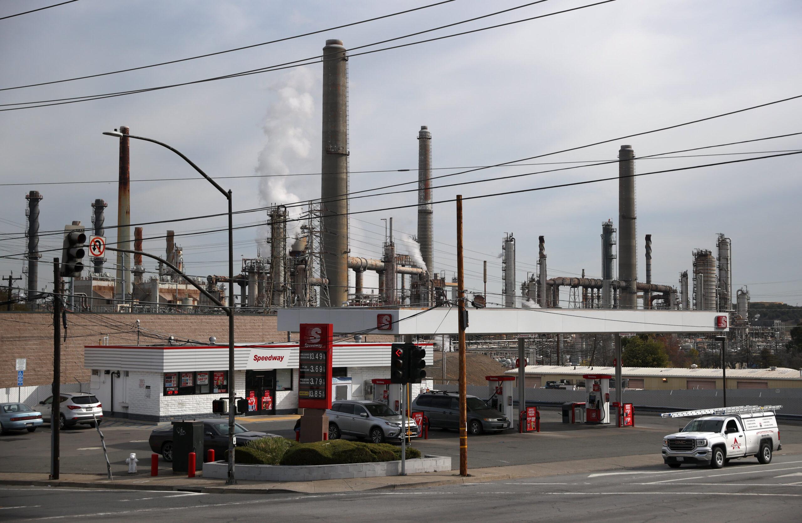U.S. stockpile build, demand worries
