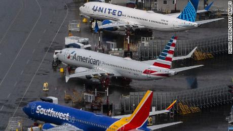US airline stocks rise on hopes for a travel rebound