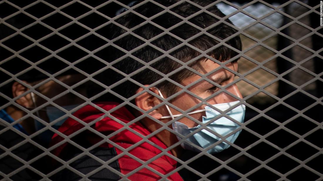 Why so many kids cross the border alone