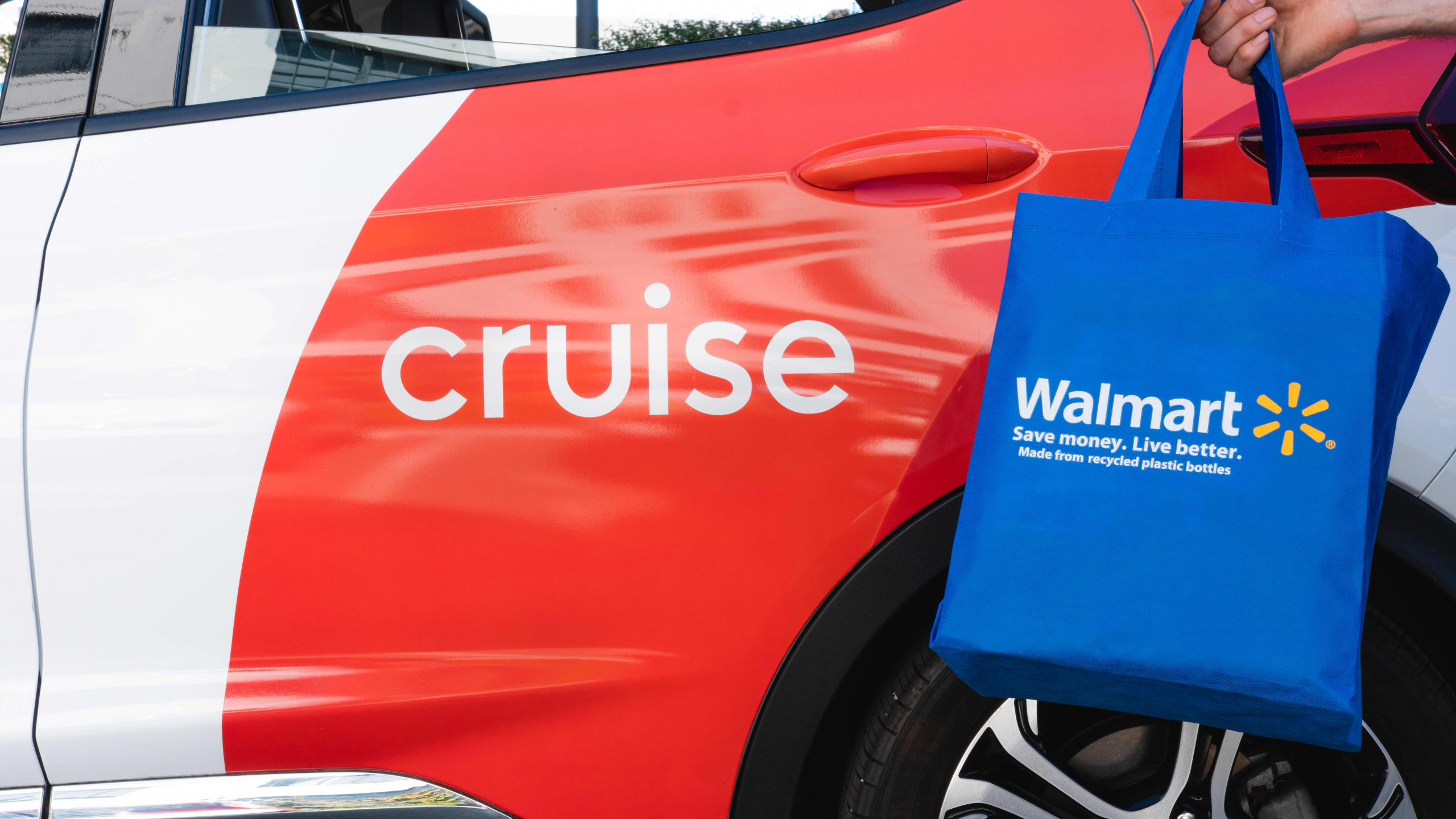 Walmart investing in GM's Cruise self-driving car company