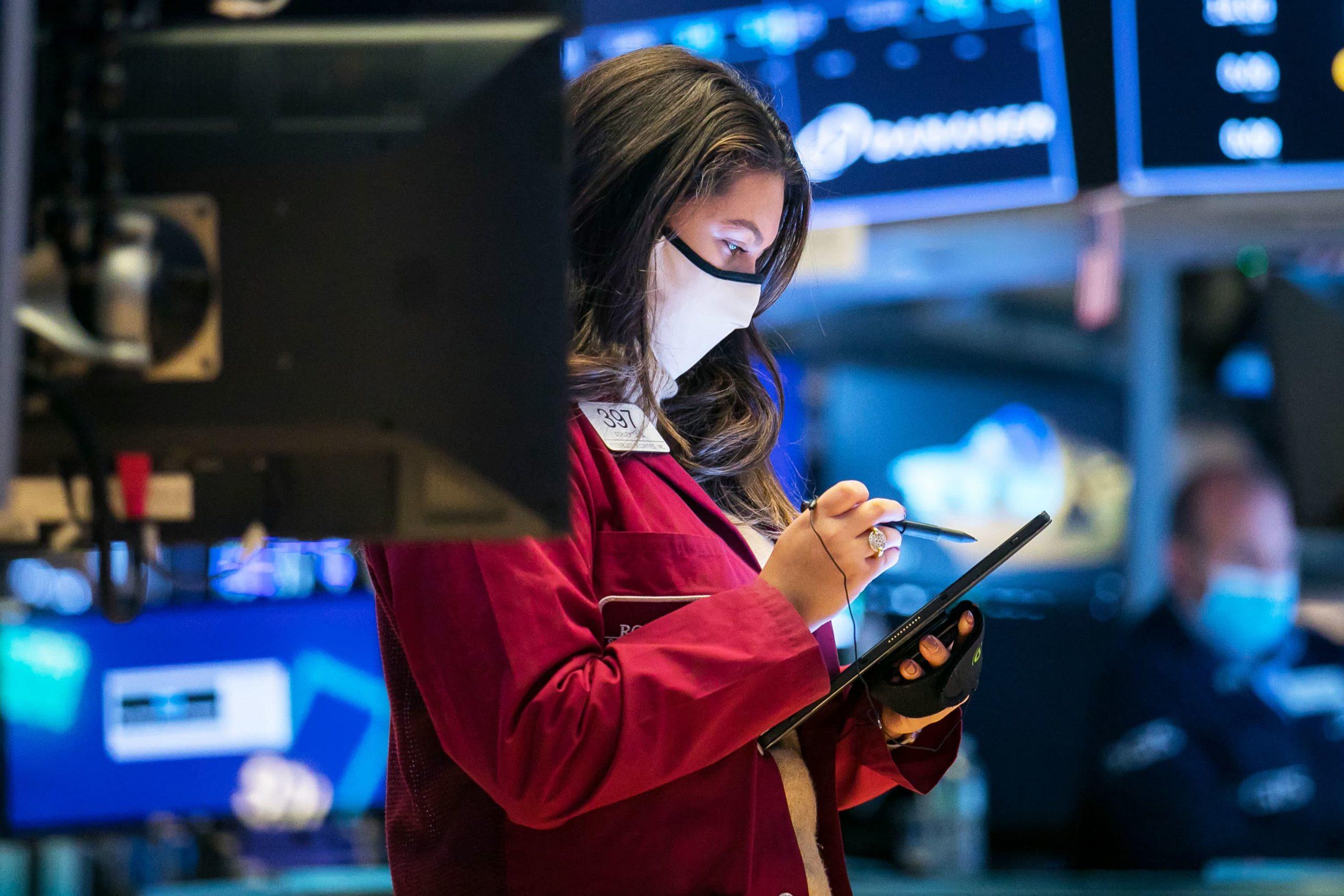 Bullish on bank and industrial stocks, soft on tech