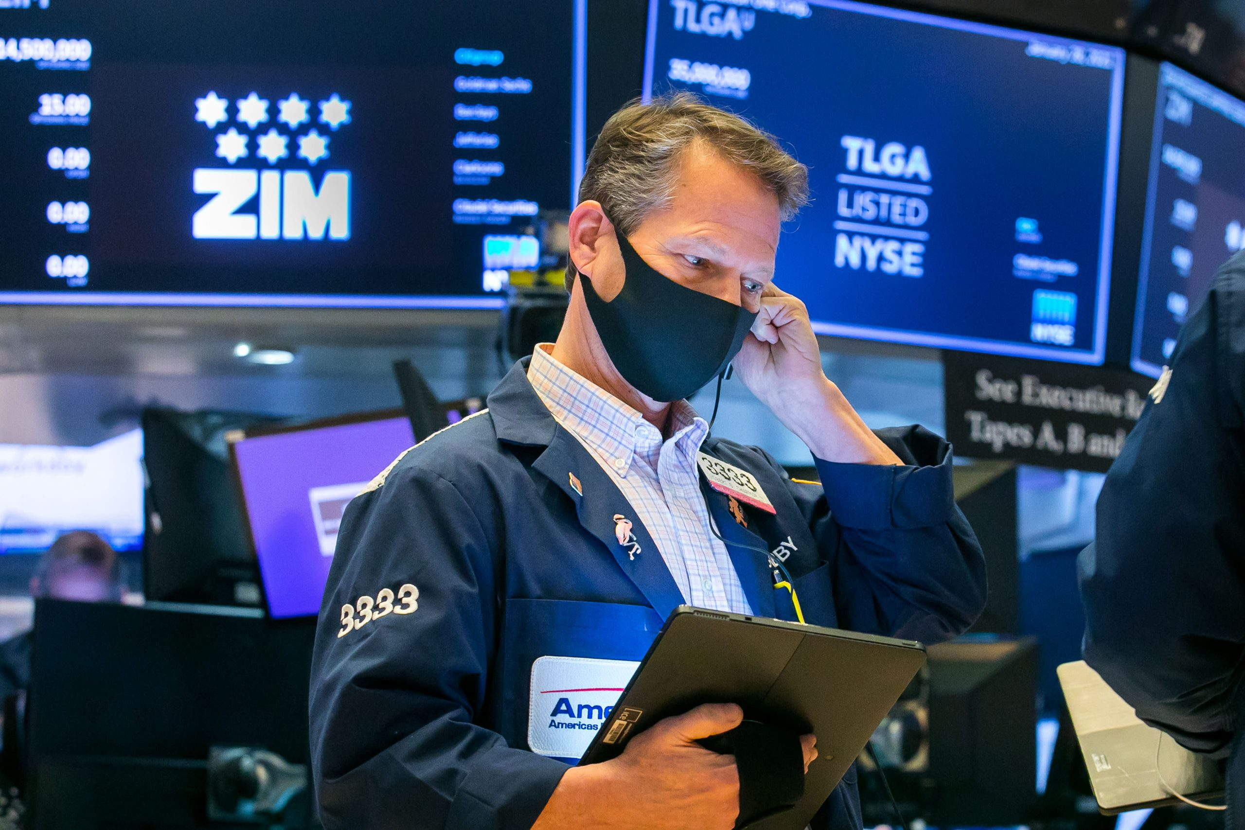 Treasury yields mixed ahead of jobless claims data