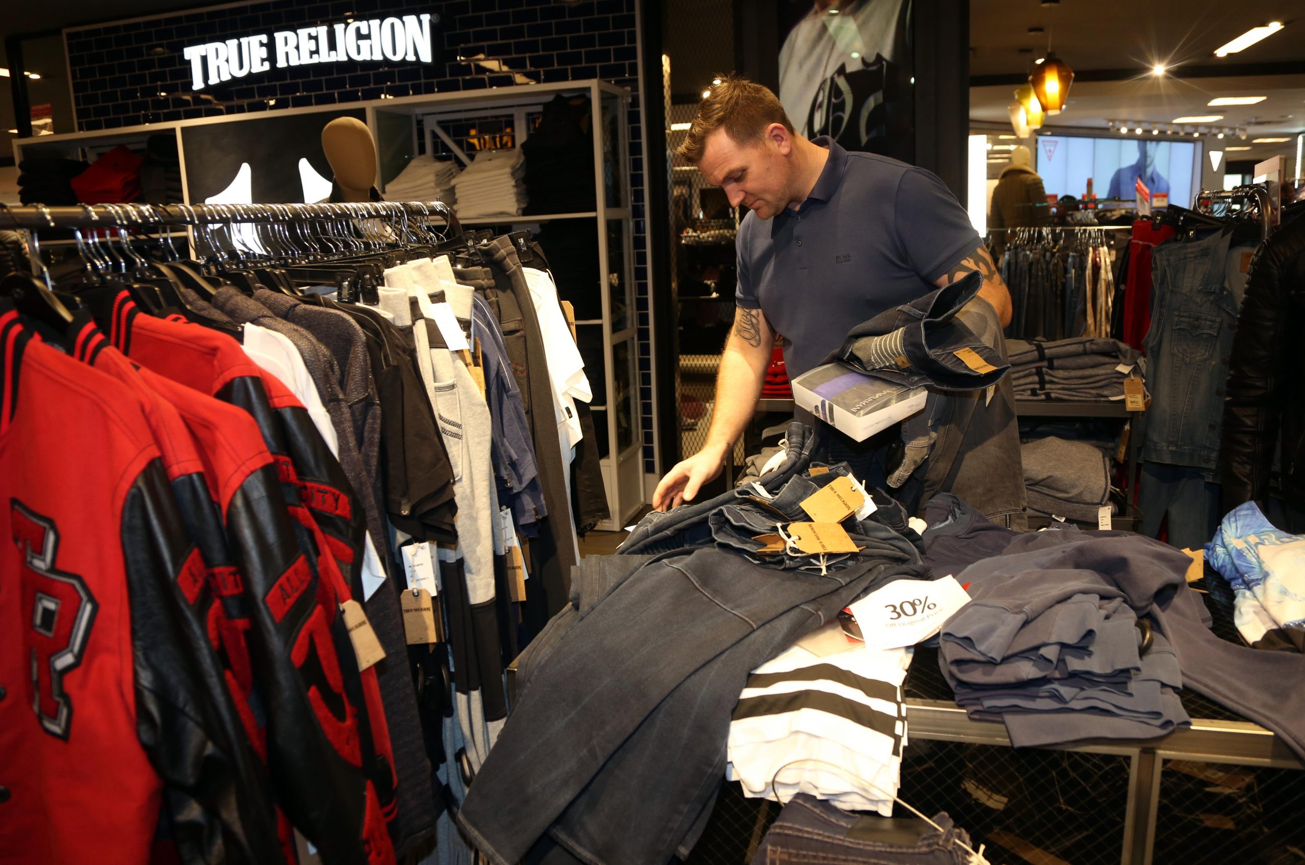 As Americans return to shop in stores, some retailers are still a mess