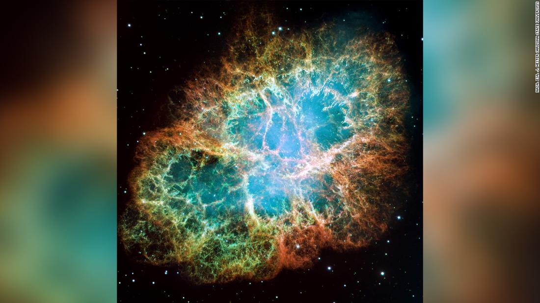 Crab Nebula: Giant radio pulses and X-ray surges detected