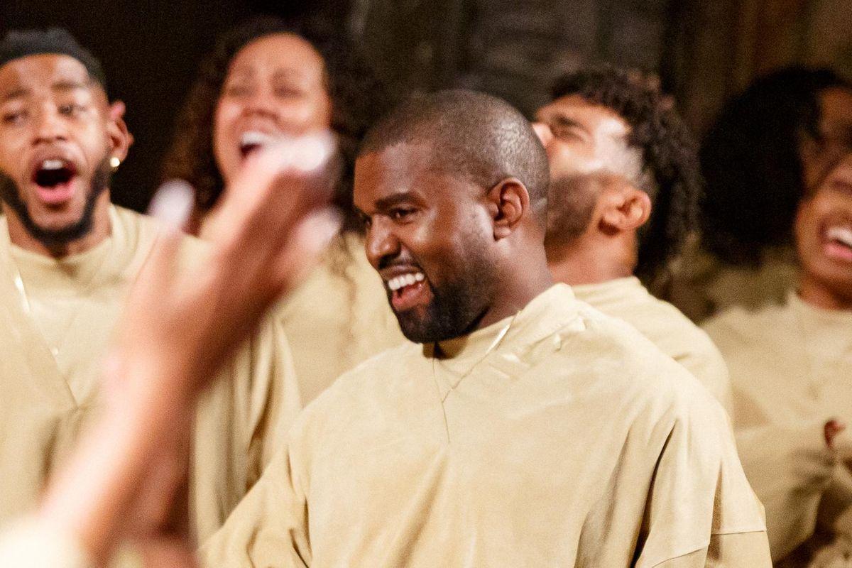 Kanye West seeks joint custody