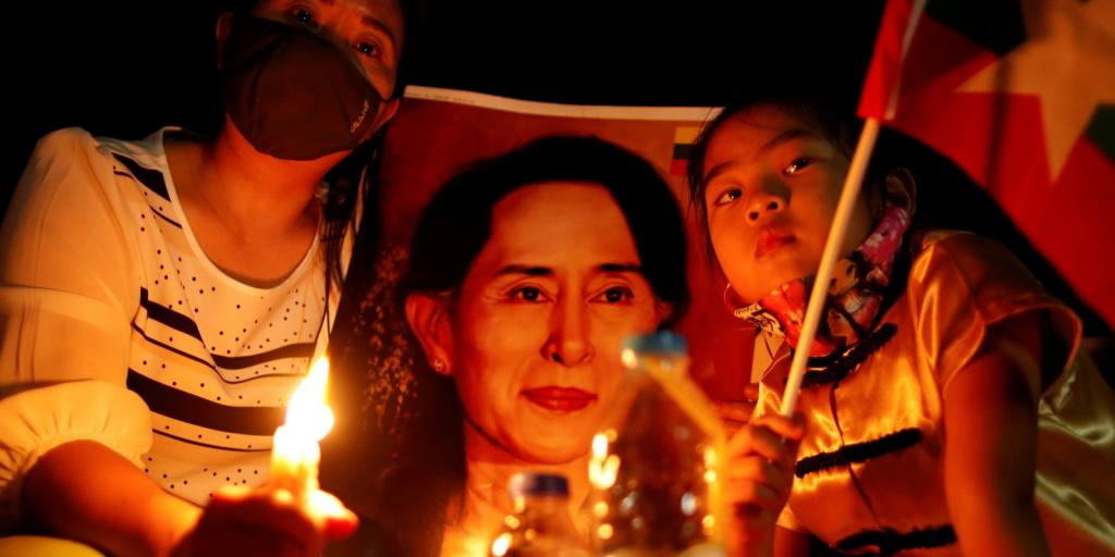 Myanmar coup latest: Suu Kyi seeks in-person meeting with lawyers