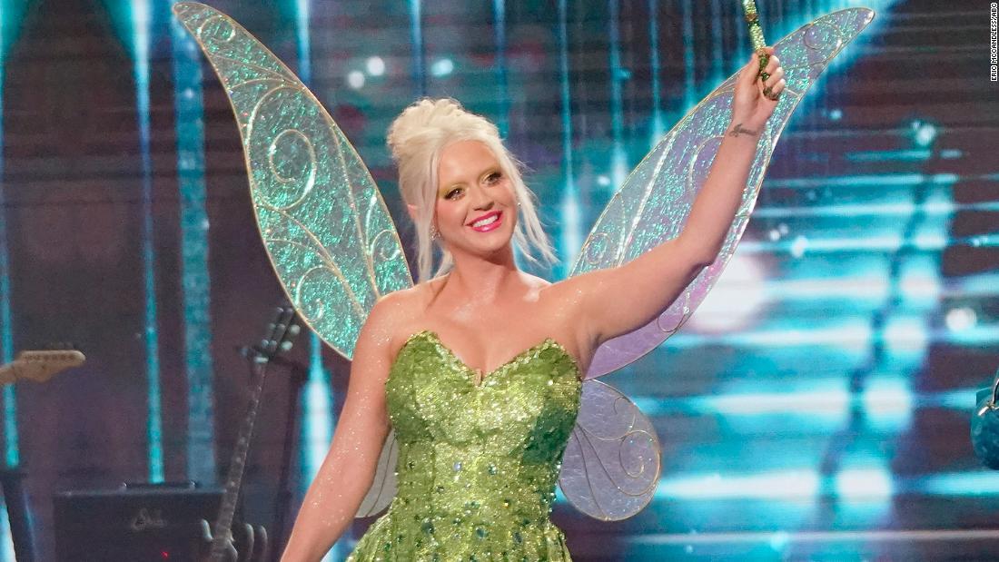 'American Idol' featured a Disney songbook night