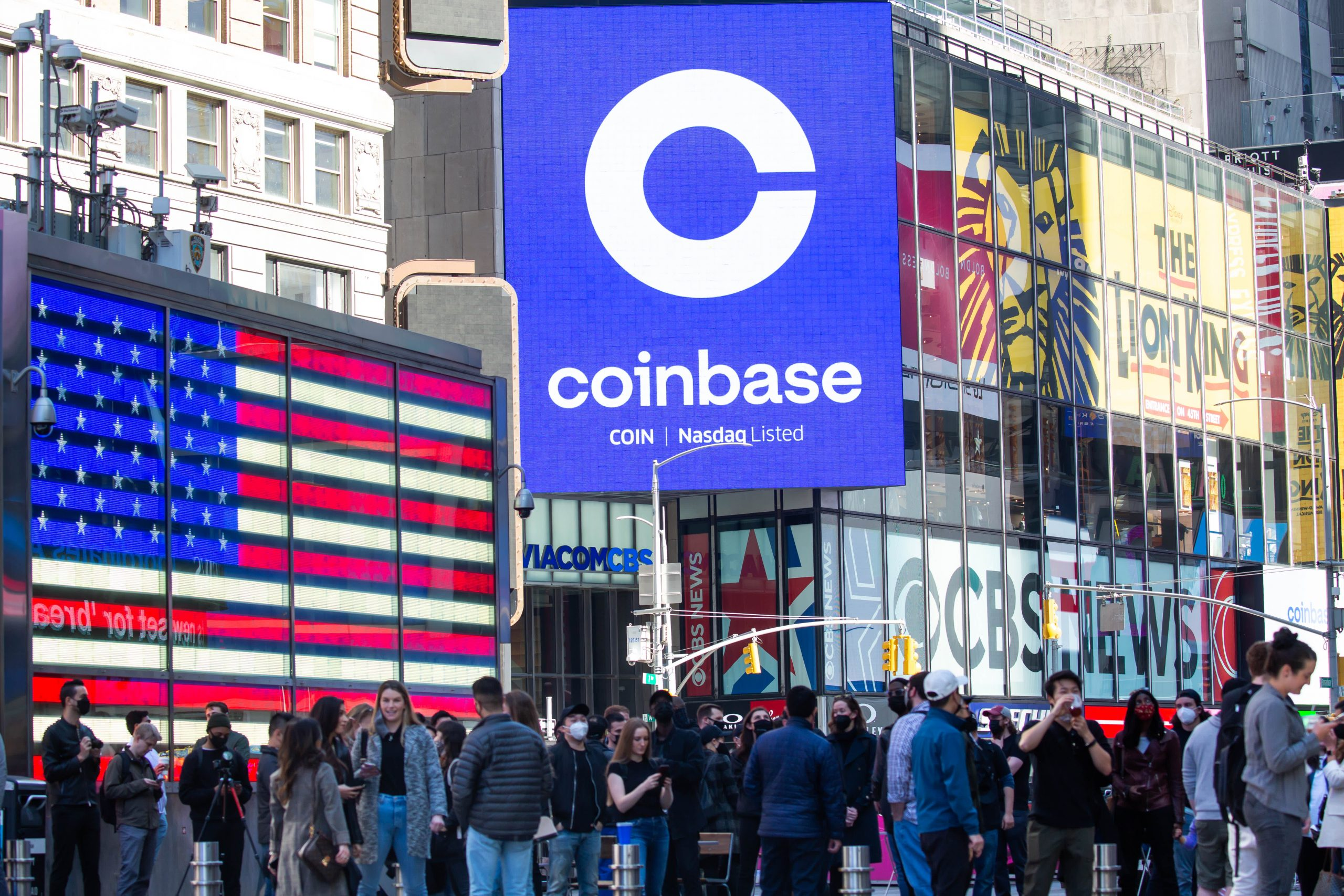 Raymond James gives Coinbase its first sell rating on Wall Street, citing competition concern