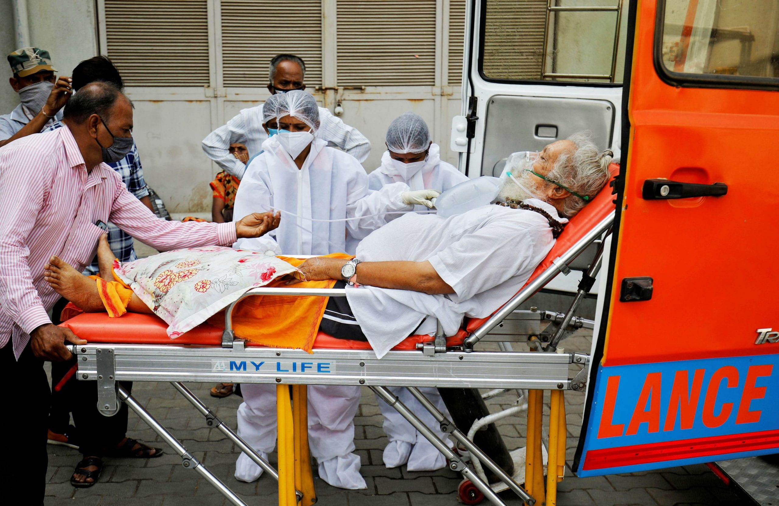 More than 6,000 deaths recorded in 24 hours