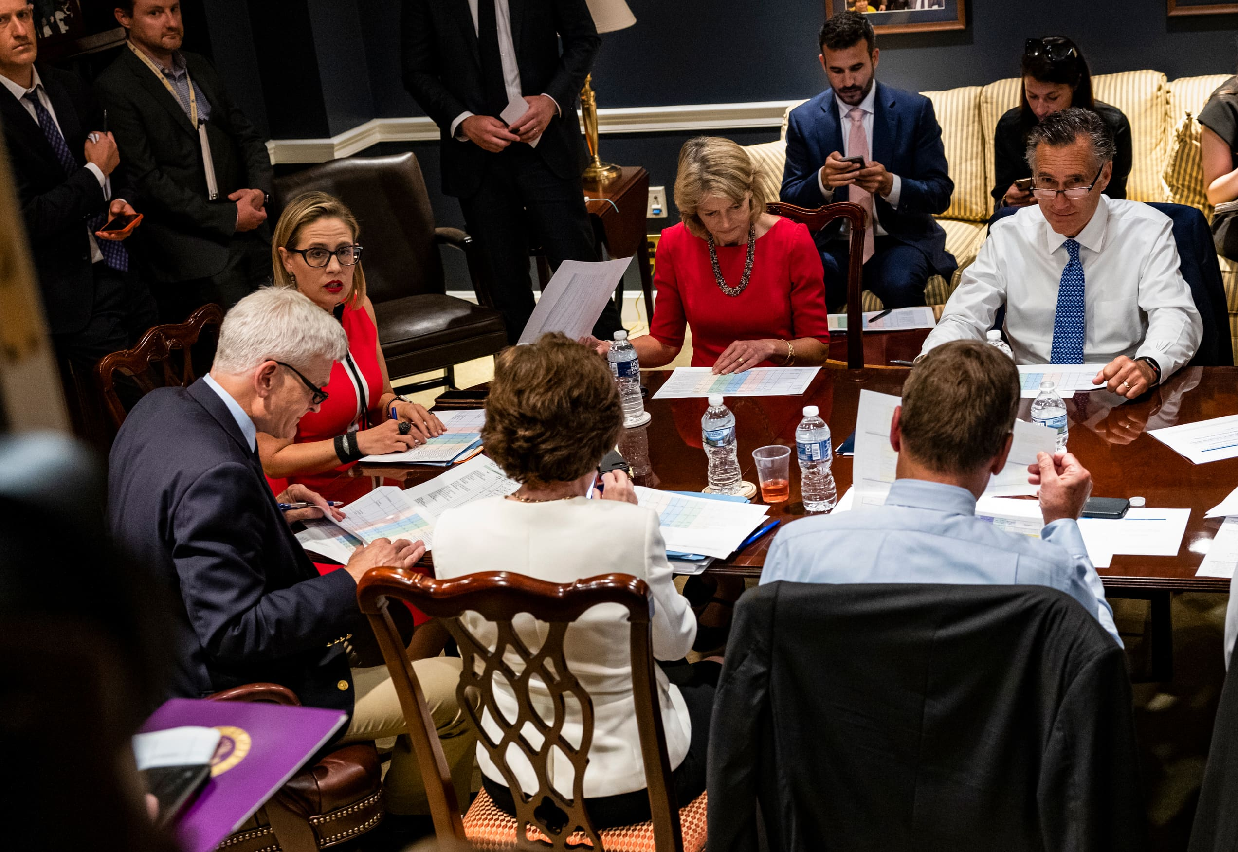 Bipartisan Senate group nears deal