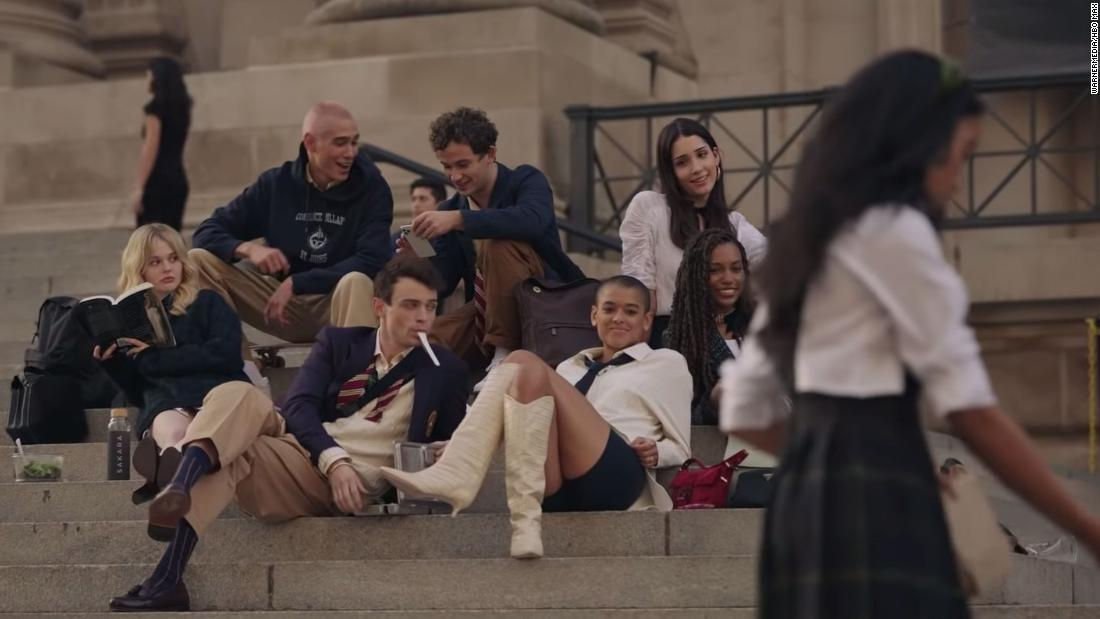 'Gossip Girl' reboot trailer is here to talk about