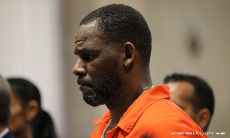 R. Kelly says he wants to replace half of his legal team two months ahead of trial