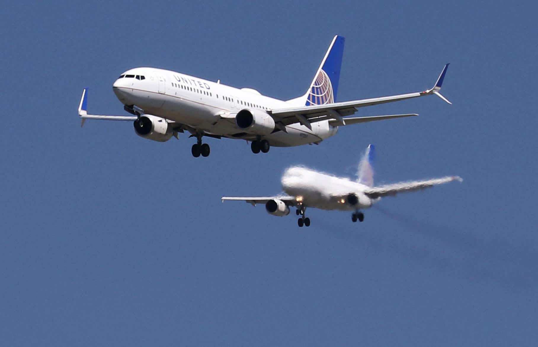 United Airlines shares rise on upbeat demand forecast despite delta variant