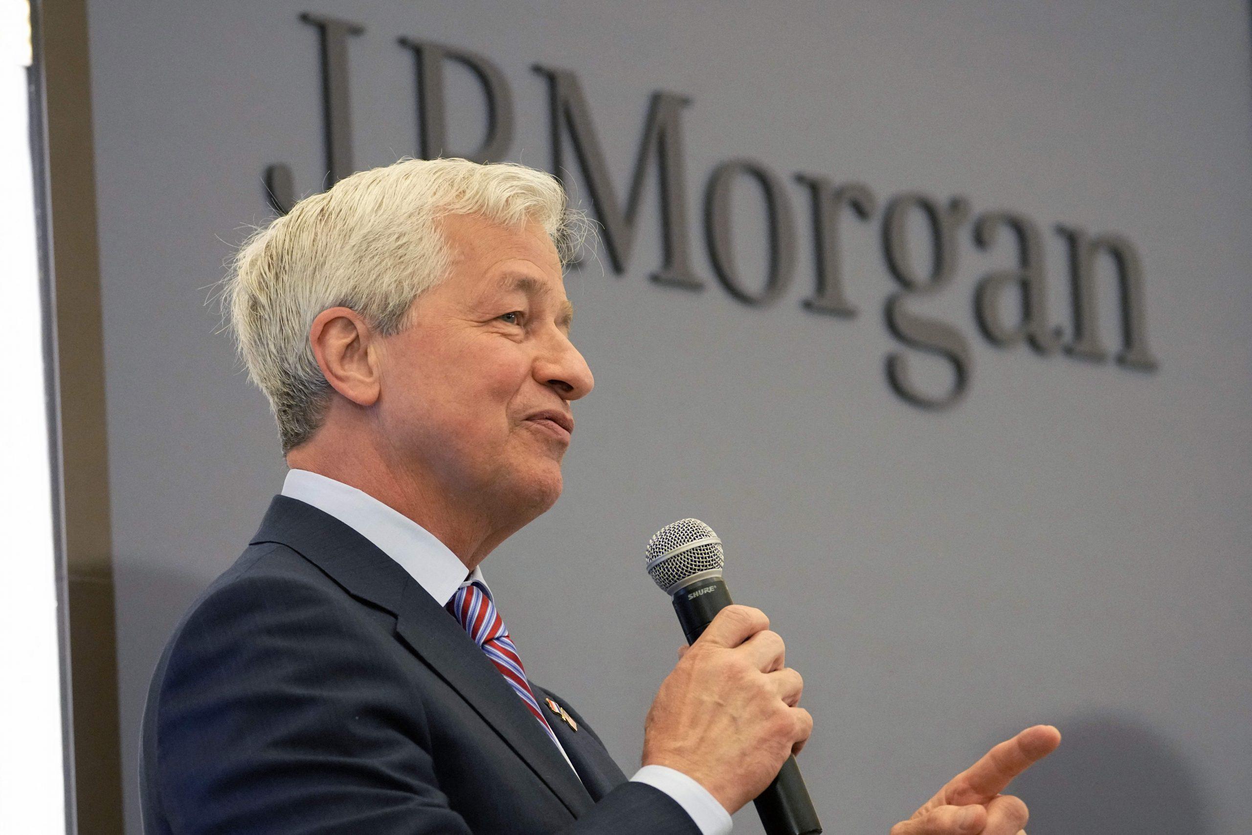 JPMorgan gives Jamie Dimon special stock option bonus to keep him CEO