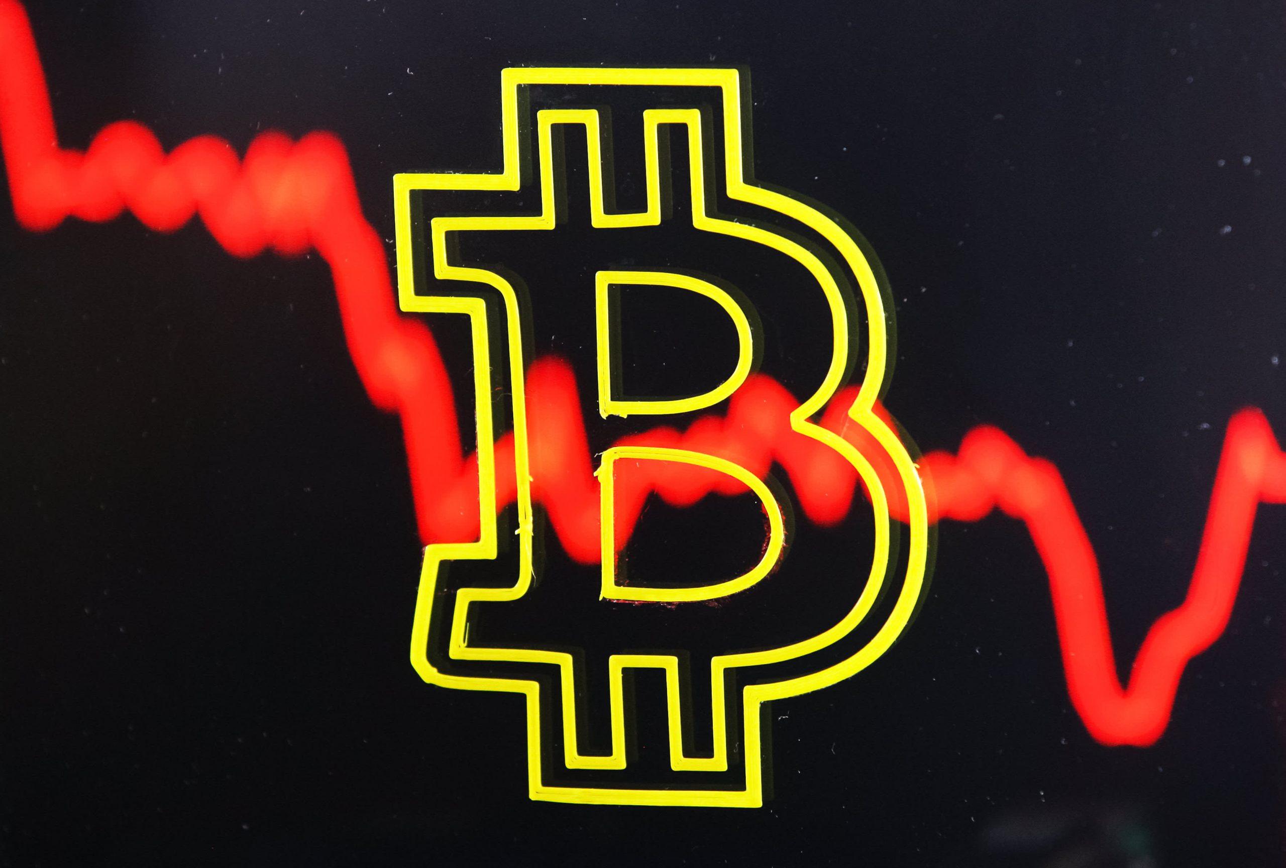 Bitcoin (BTC) price climbs back above $30,000