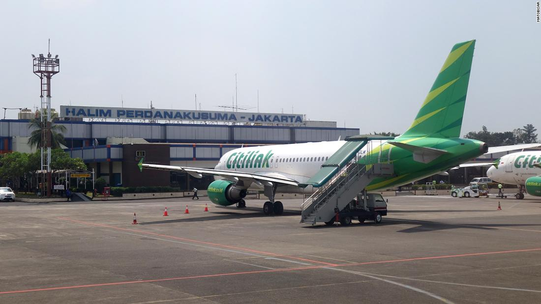 Indonesian Covid-positive man disguises himself as wife on Citilink flight in order to fly