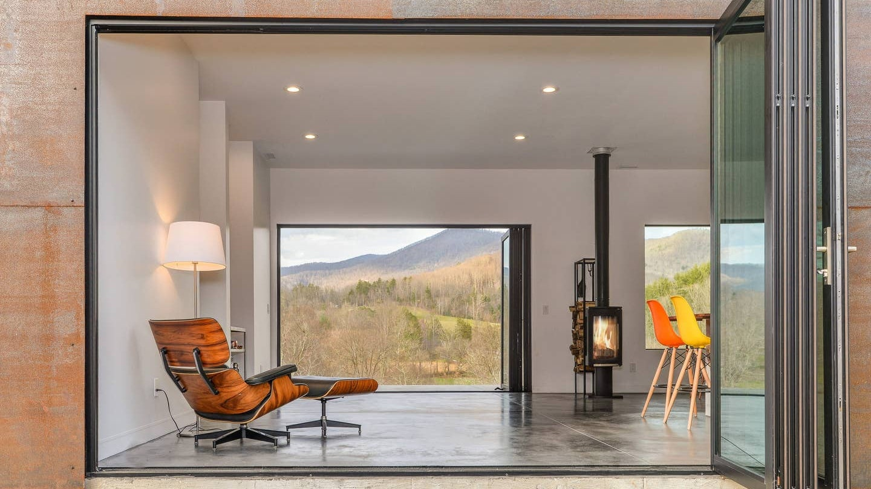 13 Best Blue Ridge Mountain Cabin Rentals in North Carolina and Virginia