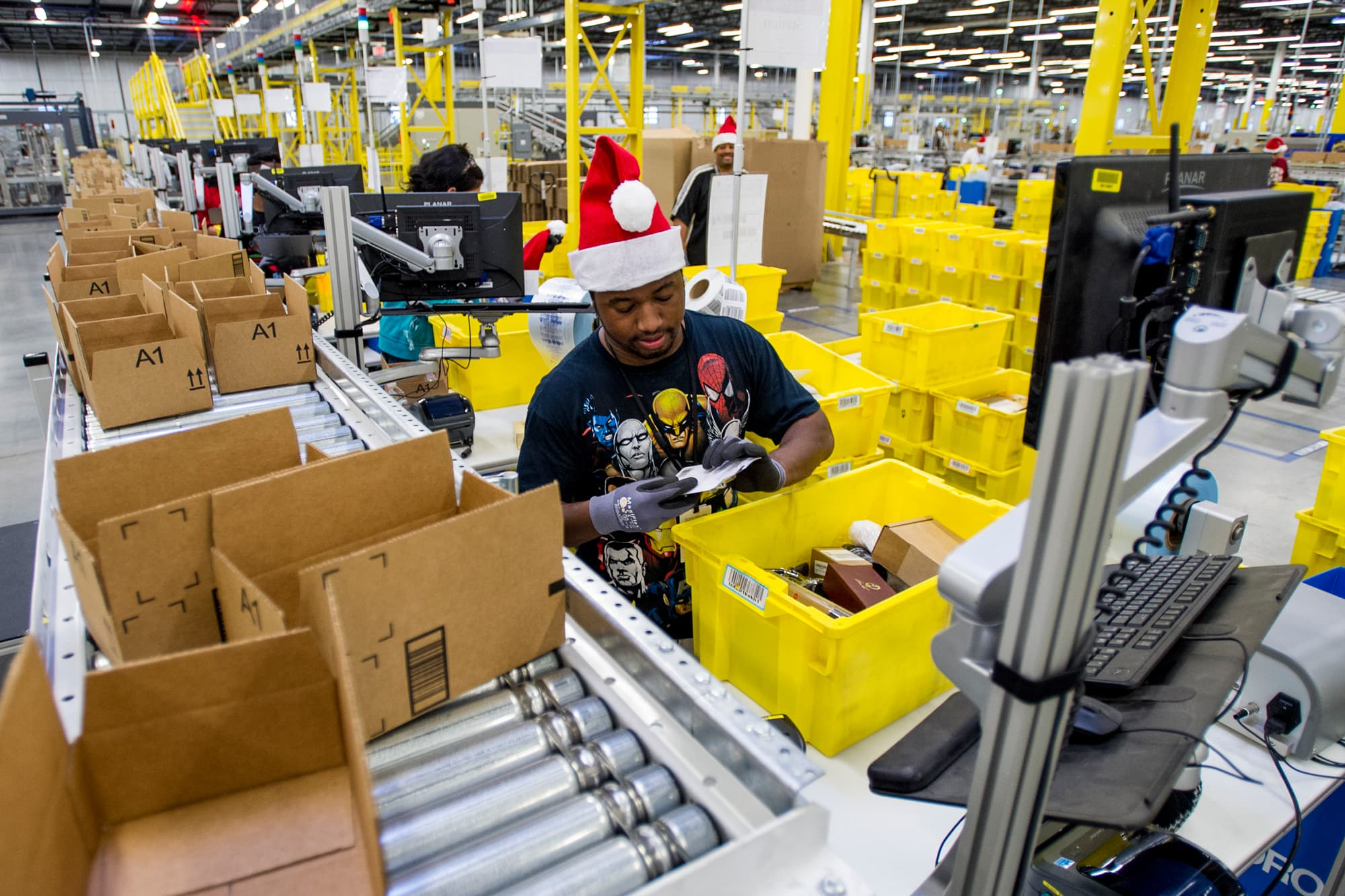 Amazon plans October beauty sale to hook early holiday shoppers