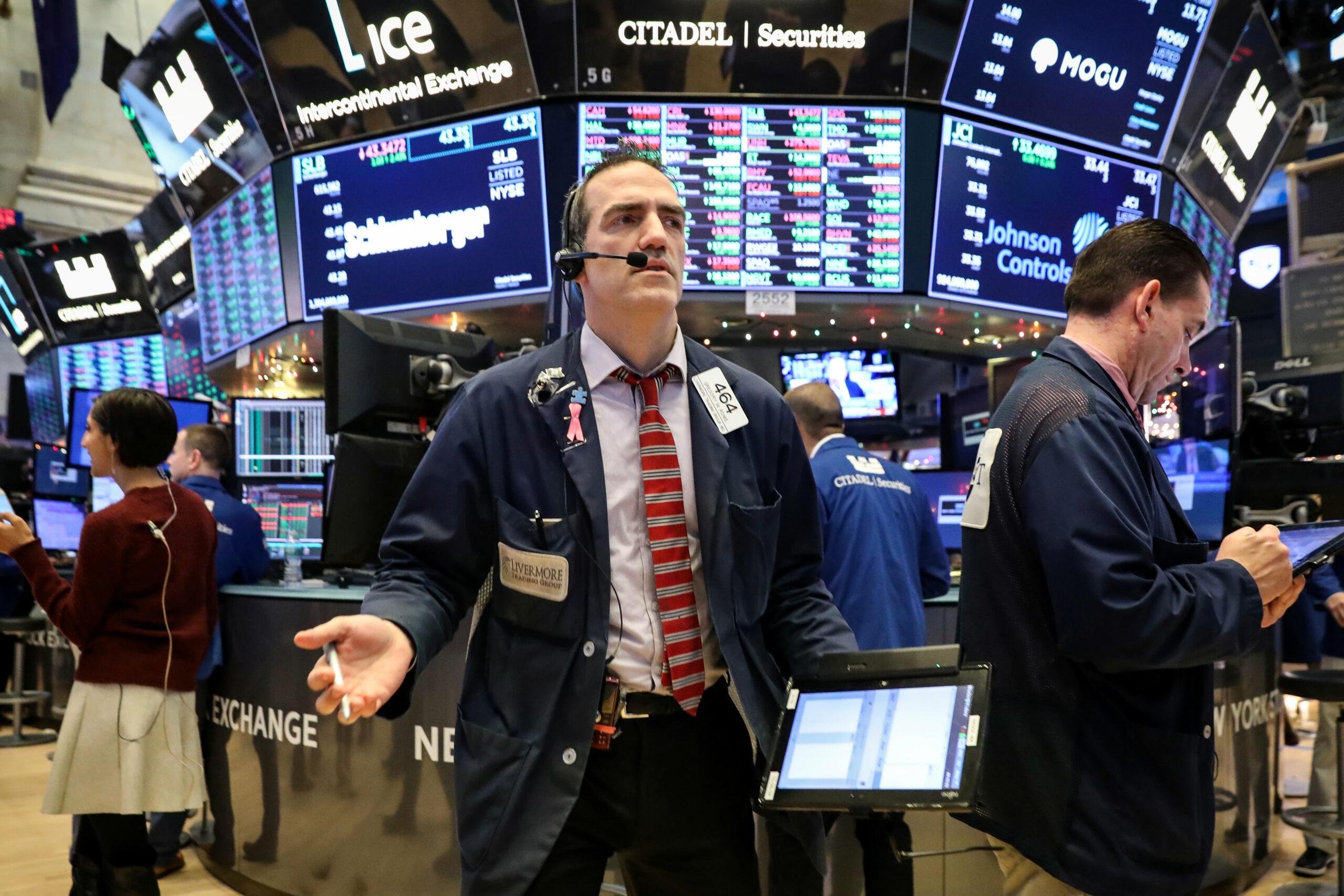 Dow rebounds 250 points as markets attempt to halt September slide