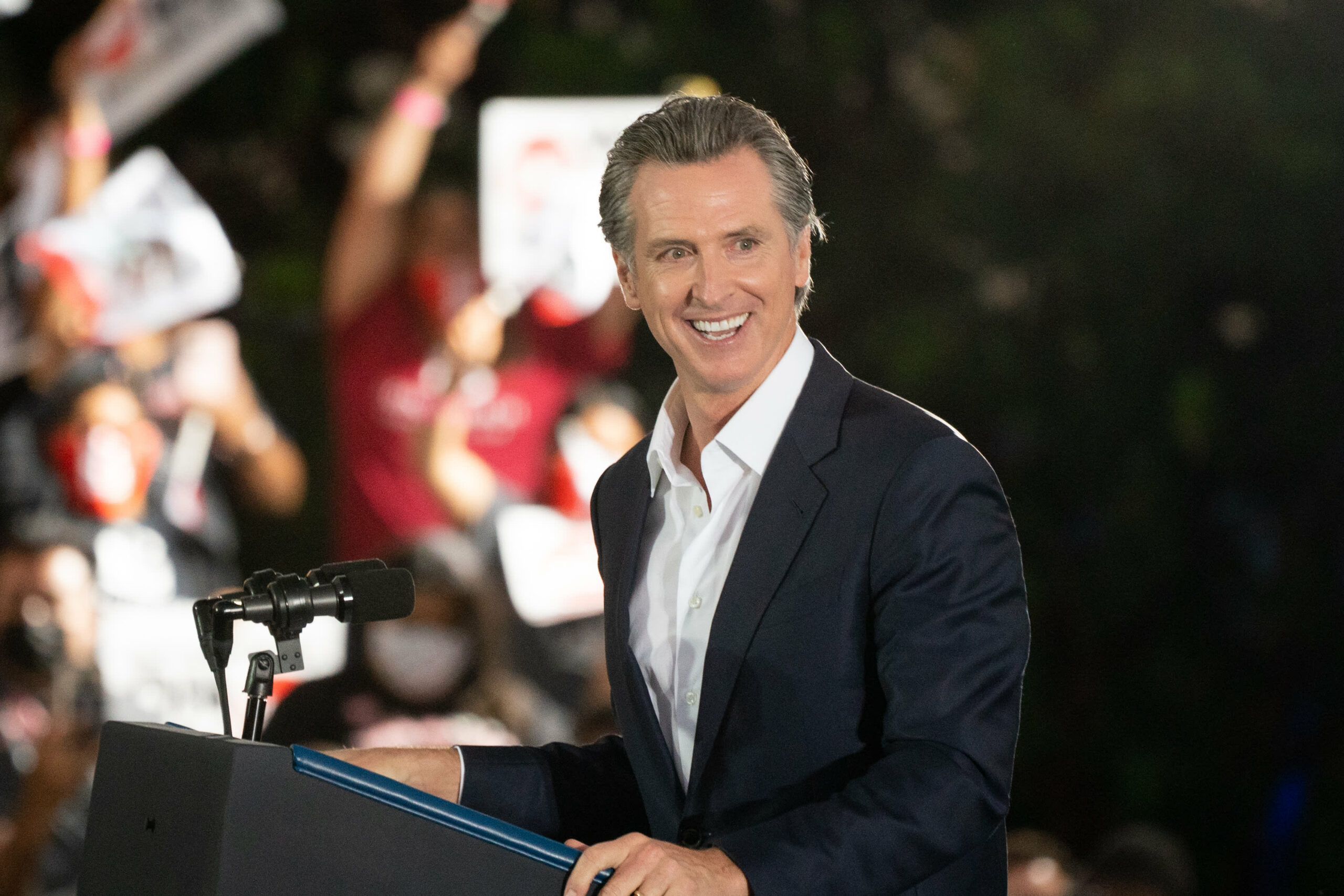Democrat Gavin Newsom wins California recall election, NBC News projects