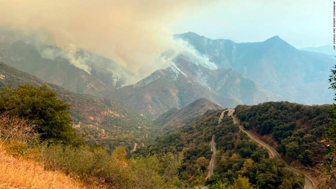 Sequoia National Park threatened by California wildfires