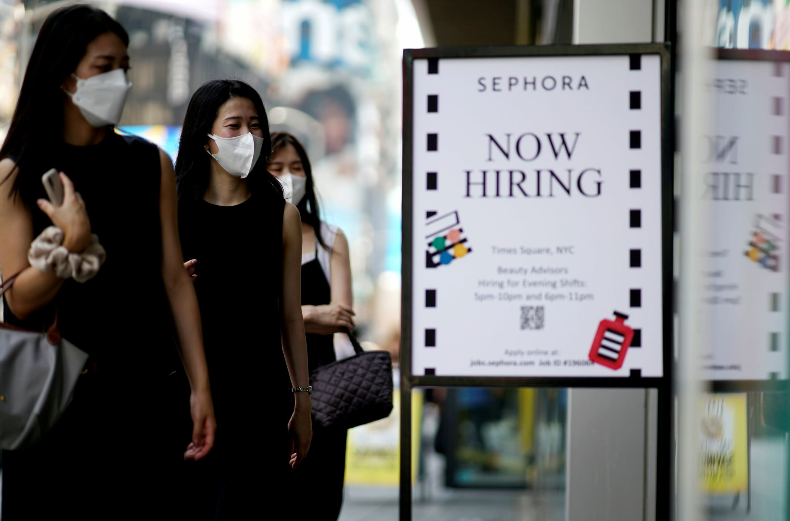 Jobless claims fall below 300,000 for the first time since the pandemic began